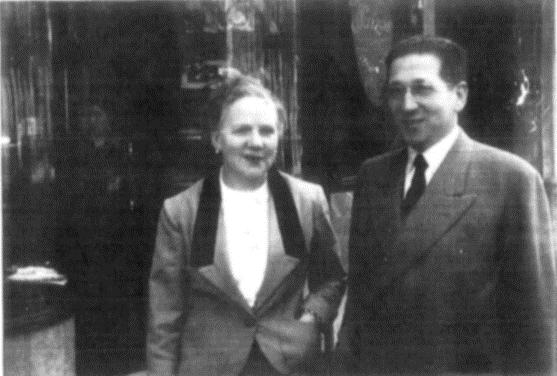 Josep Reñé, con trai của Antoni Reñé và là người thừa kế của La Suiza. Ông đã chuyển hướng và tập trung giới thiệu nhiều hơn về bánh ngọt.