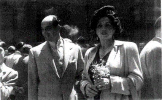 Tomás Savall and Pepita Reñé, sister of Josep Reñé and mother of Joaquim Savall Reñé, grandfather and master of Victor.
